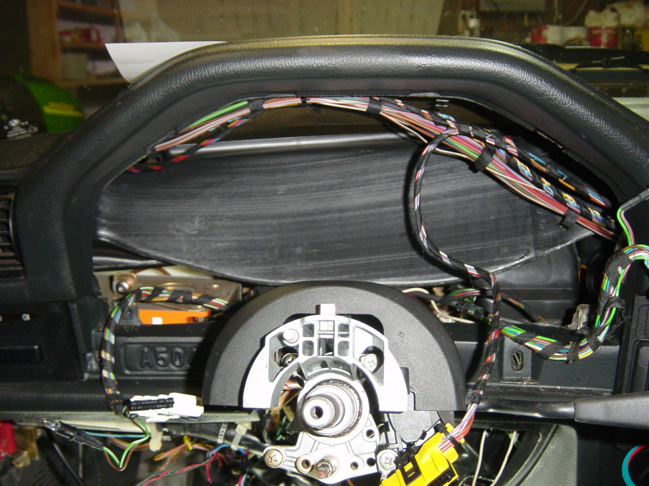 1991 Bmw 318i E30 M42 On Board Computer Obc Retrofit By Michael 325i Horn Location With The Instrument Panel Removed Find Yellow Connector This Is Your Mini Wiring Harness You Can Trace It Both Ways To Go And